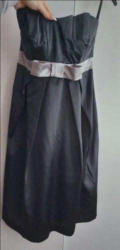 b.p.c. Bonprix Collection Robe épaules nues noir-argenté