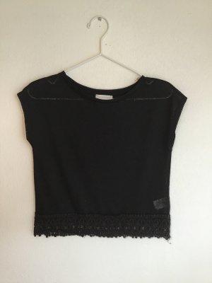 schwarzes transparentes T-Shirt mit Spitzensaum (Mesh-Top)