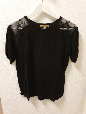 schwarzes Tshirt mit Sterneneinsatz