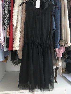 Schwarzes Tüllkleid
