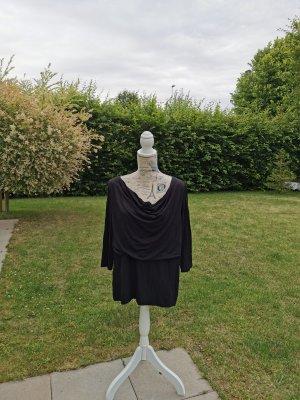 Koszulka z dekoltem woda czarny