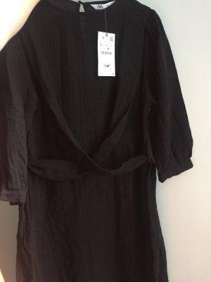 Zara Kopertowa sukienka czarny