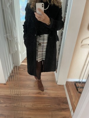 Schwarzesr Mantel