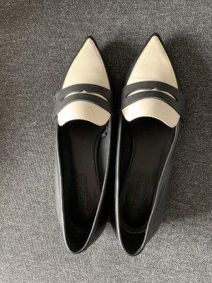 Schwarzweiße Esprit Schuhe