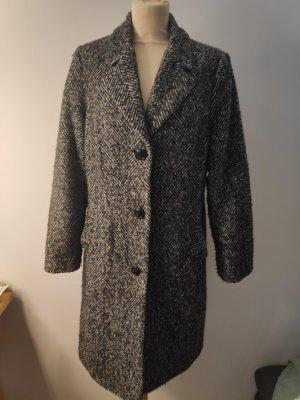 Schwarzweißer Mantel mit Wollanteil