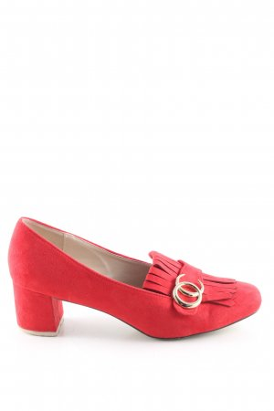Mary Jane Pumps red casual look