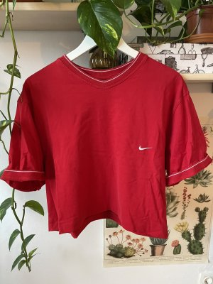 Second hand Nike T shirt