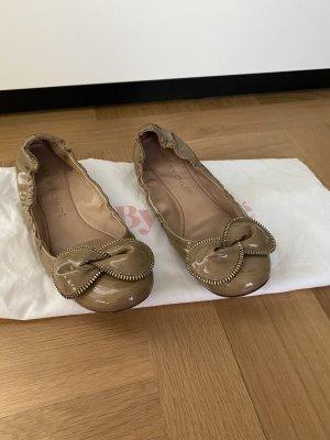 See by Chloé Ballerina di pelle verniciata beige