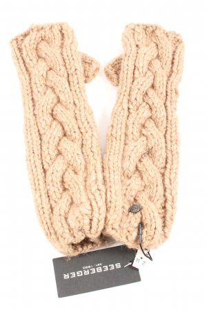 Seeberger Mittens natural white cable stitch casual look