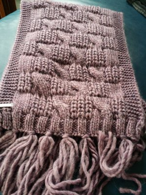 Seeberger Woolen Scarf pink wool