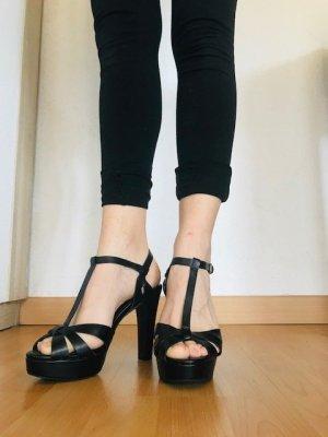 Sehr bequeme High Heel Sandale