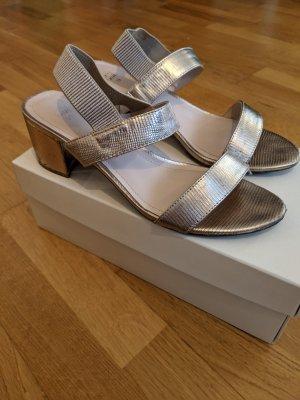 Sehr bequeme Sandaletten