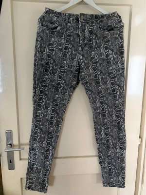 Sehr coole Animal Print Jeans
