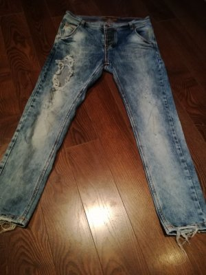 Sehr coole Diesel Destroyed Jeans