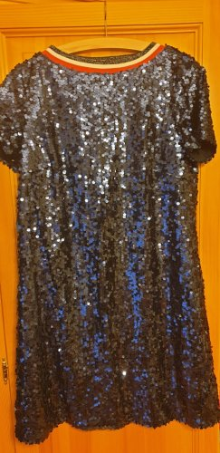 Sehr cooles Guido Maria Kretschmer Kleid