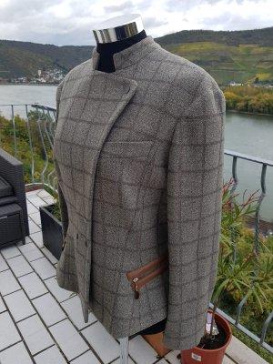 Sehr edeln Armani Blazer mit echtem Leder Größe ital.40 (36)  . Neuwertig!!