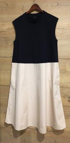 Sehr edles Kleid von COS Gr 44