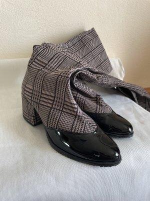 Sehr elegante Overknee-Stiefel