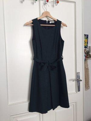 Sehr elegantes Kleid von NafNaf