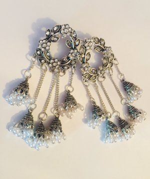 Statement Earrings silver-colored-white
