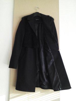 sehr hübscher Mantel aus 71% wolle mit Fellbesatz, Grösse S