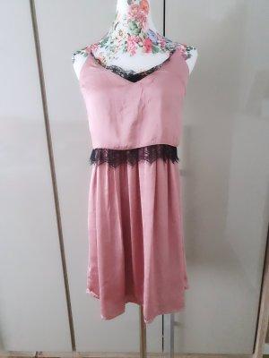 Sehr hübsches Kleid