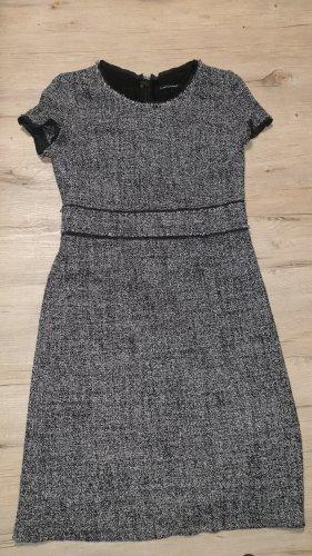 Sehr schickes Kleid