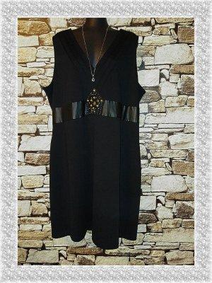 Sehr schickes Kleid von M&S Mode in Größe 50