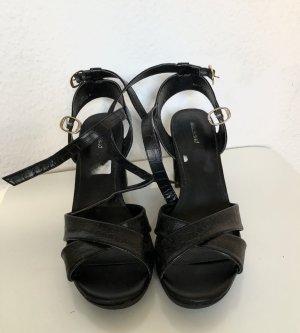 Sehr schöne elegante Sandaletten