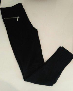 Sehr schöne schwarze Leggings mit Applikation 's streiffen in Größe S