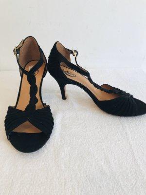 Sehr schöne und feine High heels in schwarz in Gr 38 wie Neu