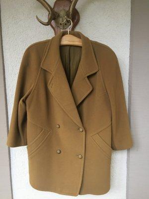 Sehr schöner Mantel