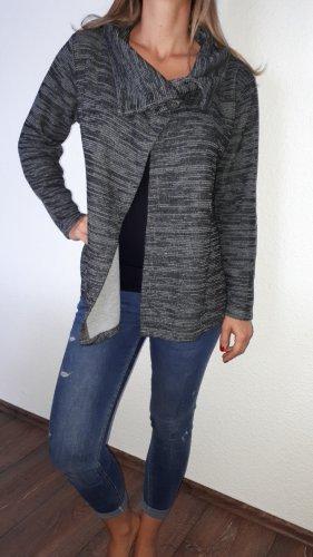 Sehr schöner, warmer Cordigan/Jacke in Größe 42 von Gina Benotti!