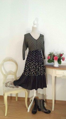 Sehr schönes Kleid Gudrun Sjöden