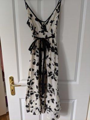 Sehr schönes schwarz-weiß Sommerkleid