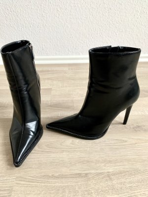 Zara Stivaletto con zip nero Finta pelle