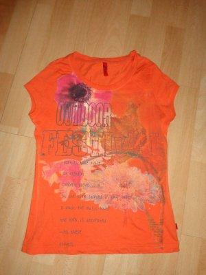 sehr süßes T-Shirt, v. s. Oliver, Gr. S, orange m. Aufdruck, top Zustand