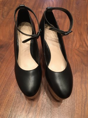 Charles & Keith Lace-up Pumps black