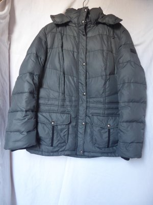 Sehr warme, graukarierte Winter-Jacke von S.Oliver