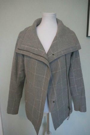 Sehr warme Jacke von Ragwear