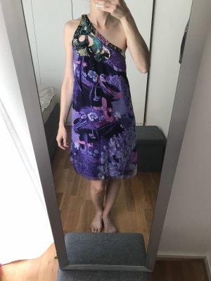 Seide Kleid