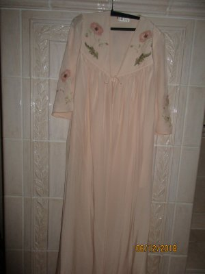 Dressing Gown pink silk