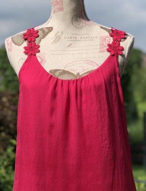 Hallhuber Haut en soie rouge framboise