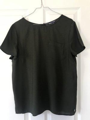 Seidenartiges T-Shirt in Größe 8