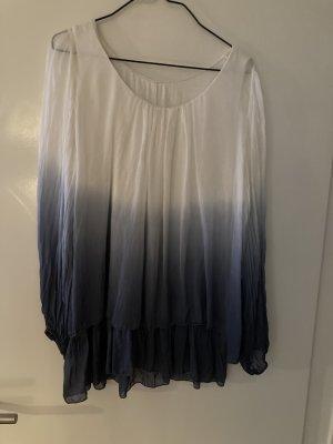 Blusa in seta bianco-blu scuro