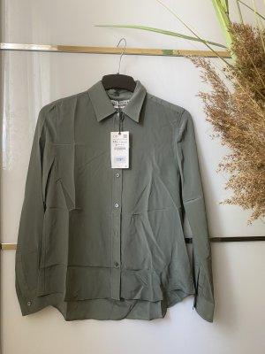 Zara Blusa de seda gris verdoso-caqui