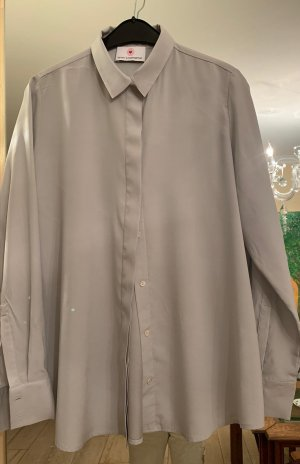 Herzensangelegenheit Silk Blouse light grey