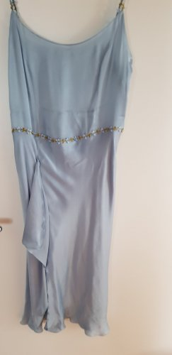 Vestido strapless azul celeste