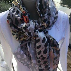 Bufanda de seda negro-color plata Seda