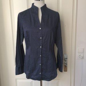 Seidensticker Blusa de cuello alto blanco-azul oscuro